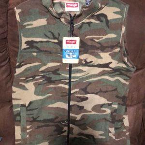 Men's zipper vest